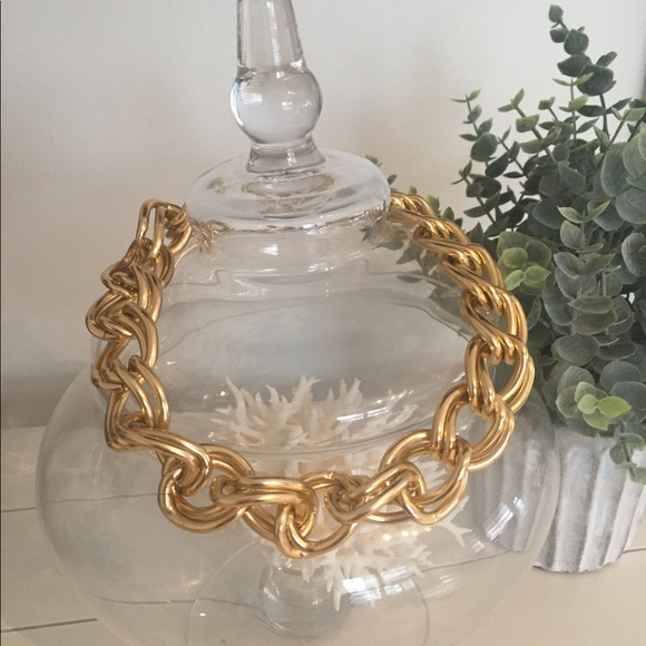 Jewelry - Faux chunky gold link necklace